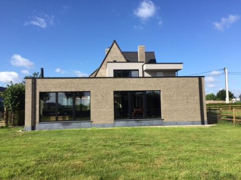 Exclusieve aanbouw cottage stijl